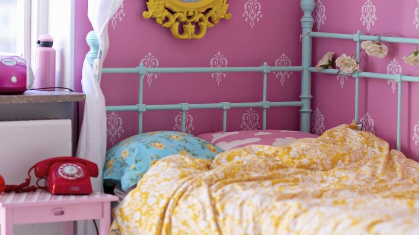Papel pintado rosa el glamour llama a tu puerta westwing Papeles vinilicos para dormitorios