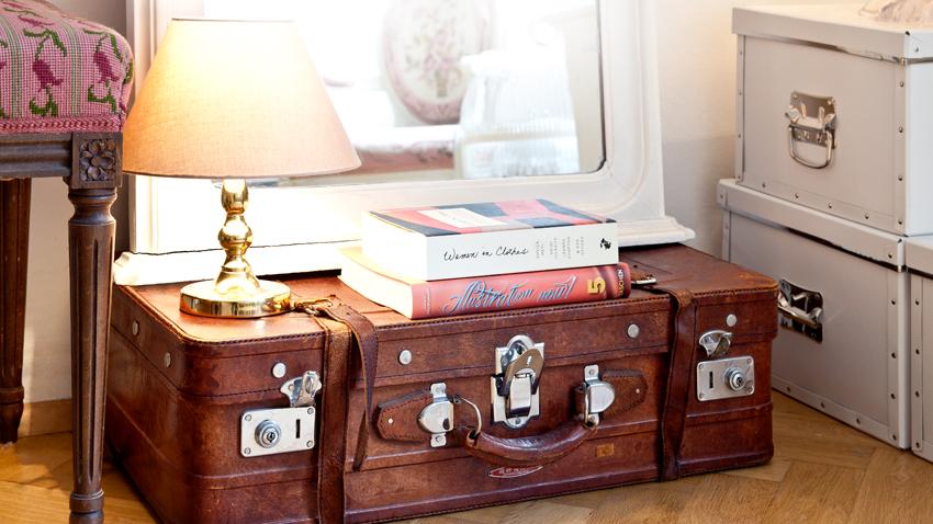 Ba les modernos multifuncional y decorativo westwing - Decorar baul vintage ...