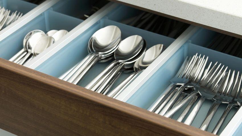 Organizador de cubiertos de madera ideales westwing for Organizador utensilios cocina