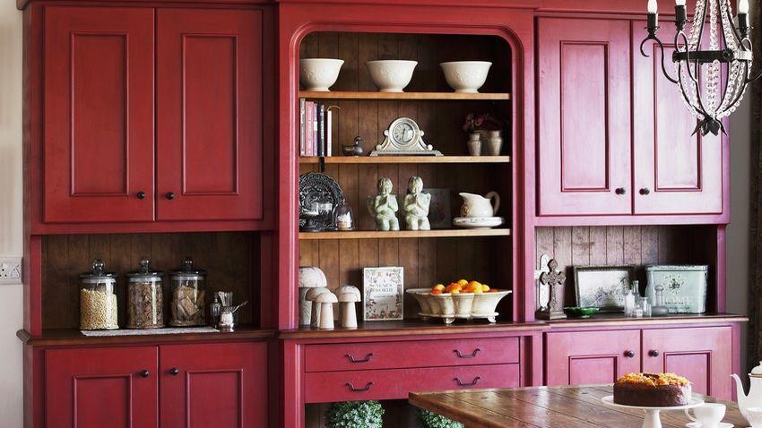 Alacena roja dale una nueva vida a tu cocina westwing for Alacenas de cocina antiguas