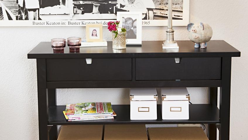 Aparador de nogal mueble siempre fascinante westwing - Salones de madera maciza ...