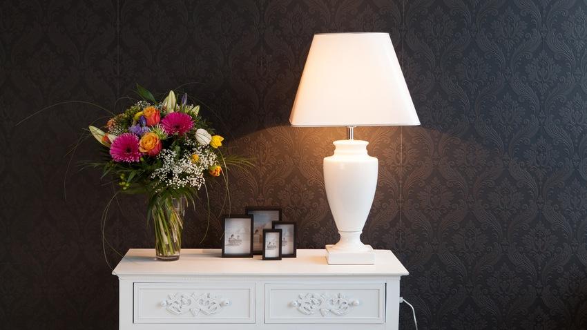 Pared negra estilo y elegancia en casa westwing - Amazon decoracion pared ...