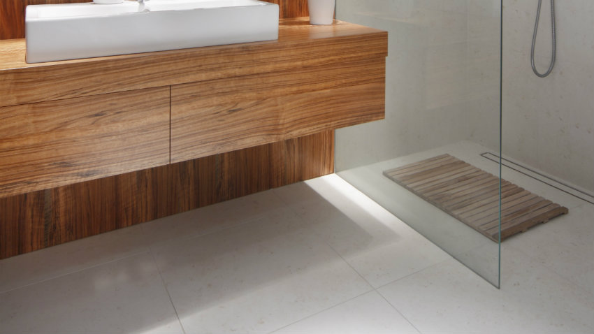 Platos de ducha a ras de suelo trendy duchas a ras del for Platos de ducha a ras de suelo