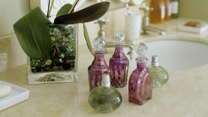 Vitrinas para miniaturas luce tus colecciones westwing - Vitrinas para miniaturas ...