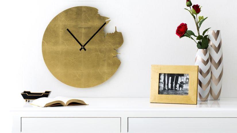 HOrloge dorée design