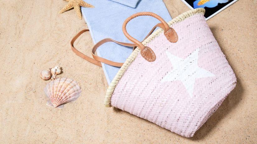 Grand panier de plage rose