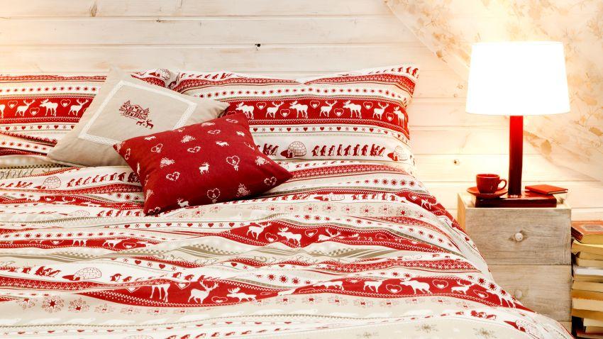 Couvre-lit rouge