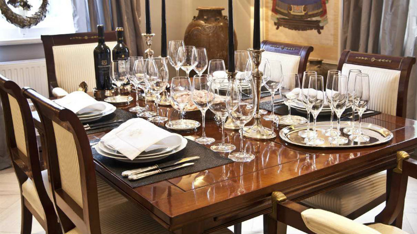 Dalani sedie per la sala da pranzo eleganza in casa for Mobili per sala da pranzo moderni