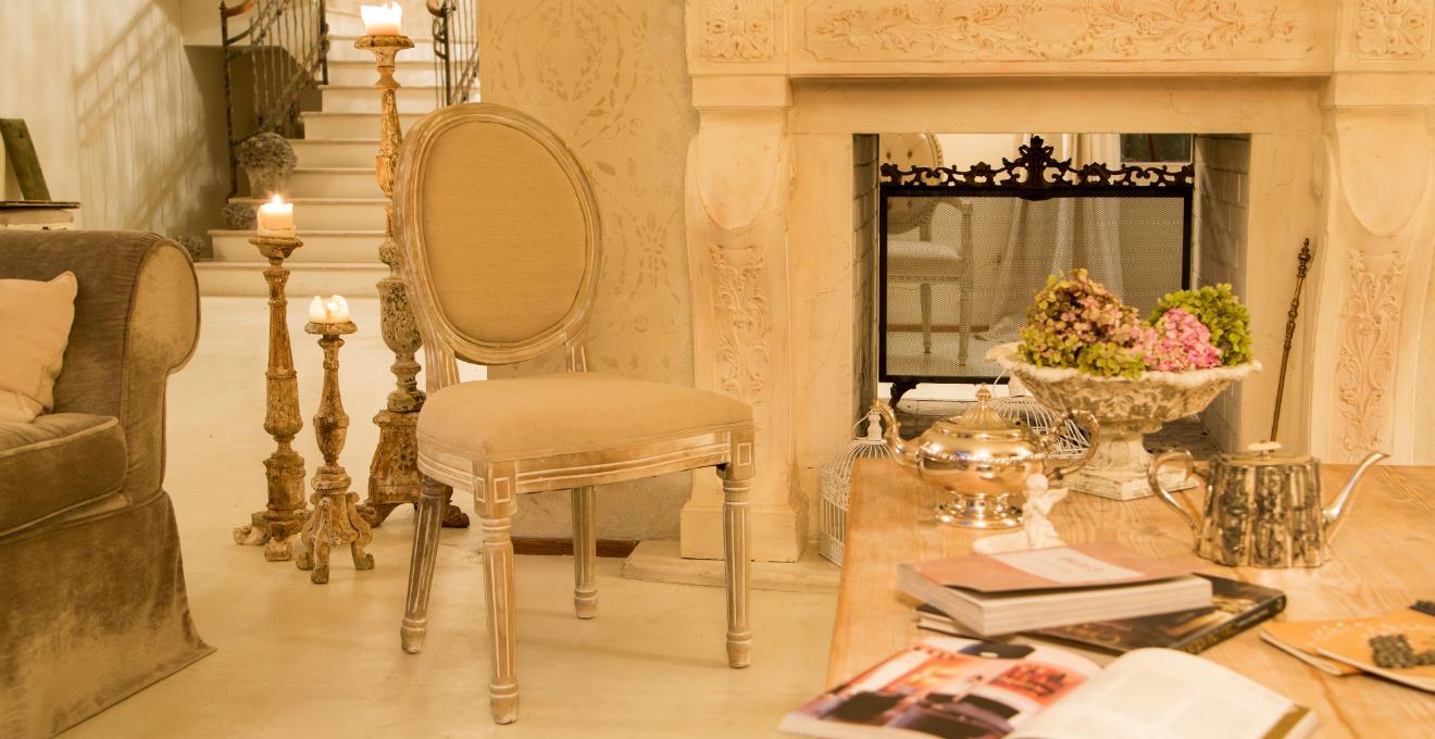 Barocco sontuosi colori ed eleganti mobili dalani - Mobili stile barocco moderno ...