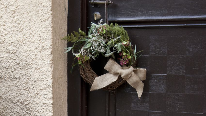 Ghirlanda natalizia per porta
