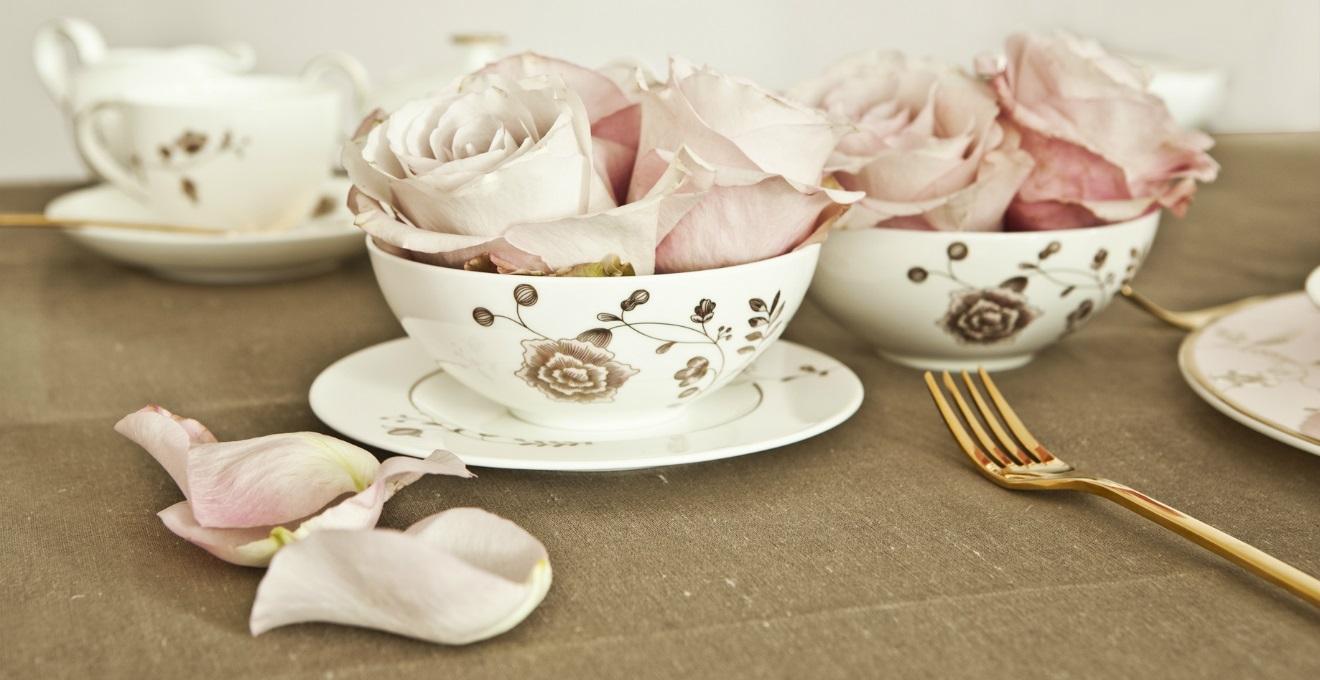 Teiera in porcellana