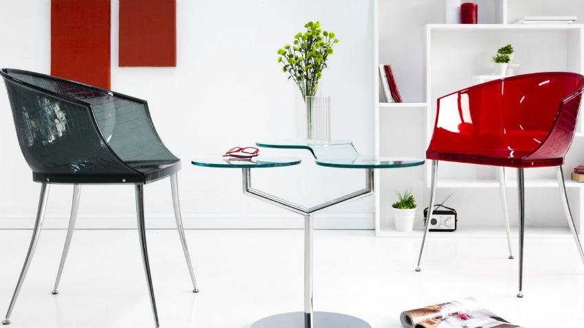 Dalani sedia in plexiglass comodit trasparente in salotto for Sedie contemporanee