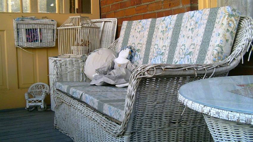 Dalani divani in vimini per un giardino di stile - Divano in vimini ...