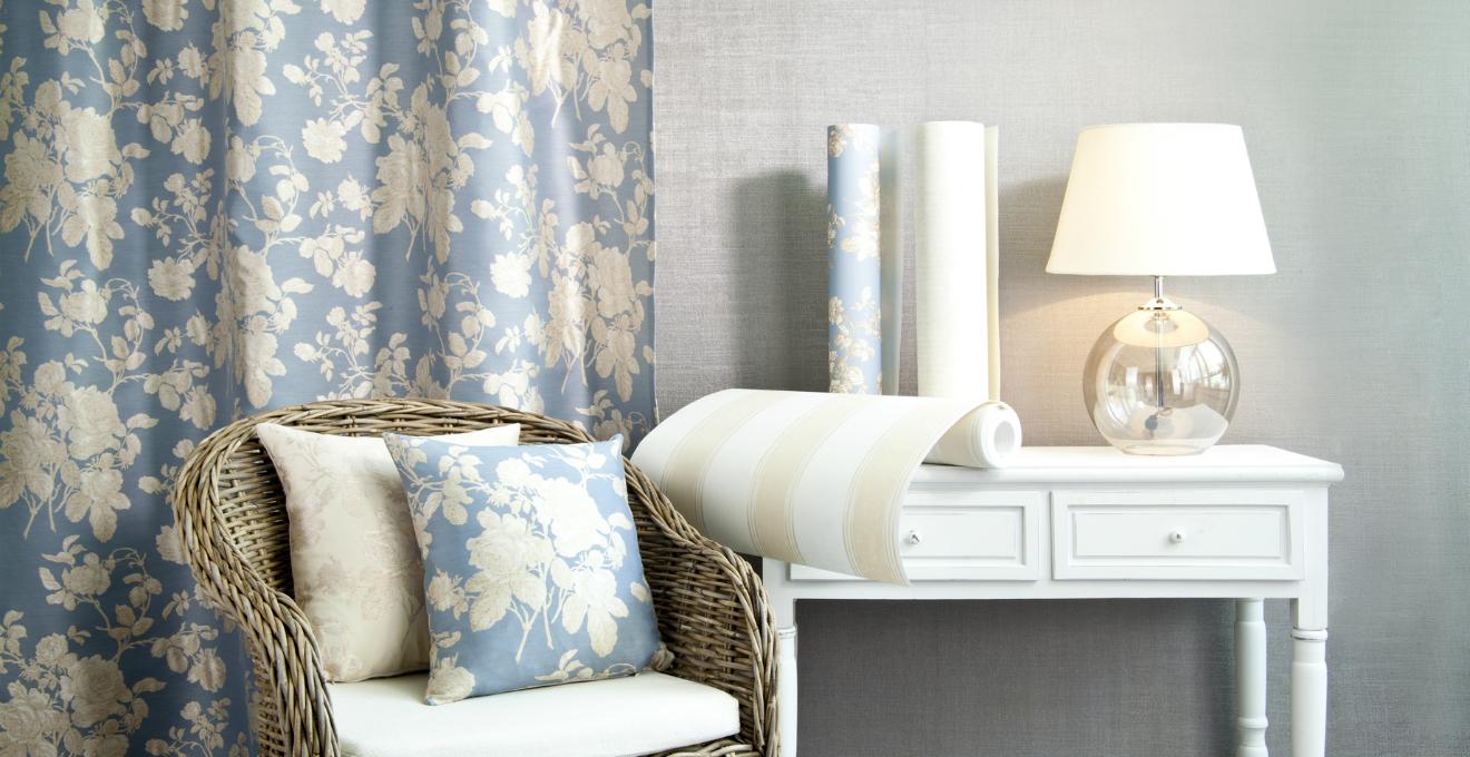 Dalani tende in stile provenzale romantiche ed eleganti for Divani in stile provenzale