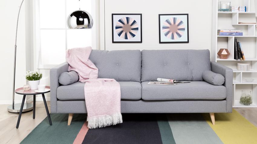 Dalani divano grigio comfort e stile in salotto for Divani moderni grigi