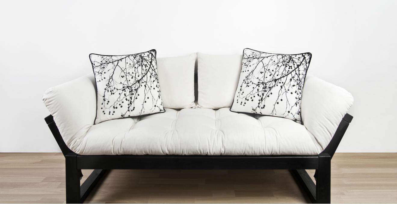 Dalani cuscini a pois dettagli giocosi per la tua casa for Cuscini amazon