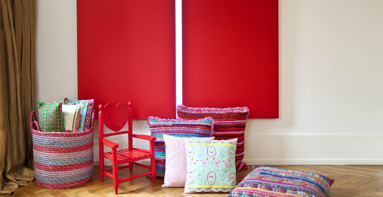 Camera da letto rossa: allegria nella zona notte  DALANI