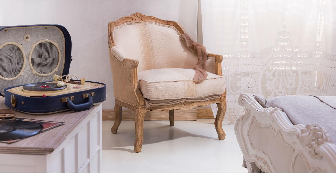 Dalani tende ricamate eleganti e romantiche for Poltroncine eleganti