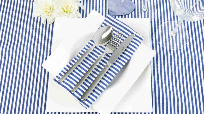 Servizio di piatti quadrati