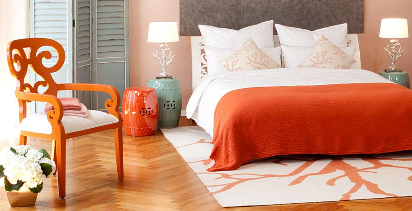 Camera da letto arancione