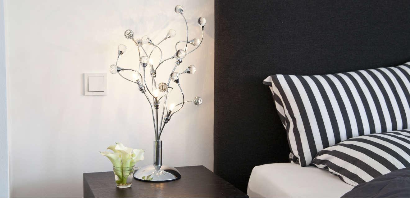 Camera da letto bianca e nera fascino di sempre dalani - Camera da letto nera e bianca ...