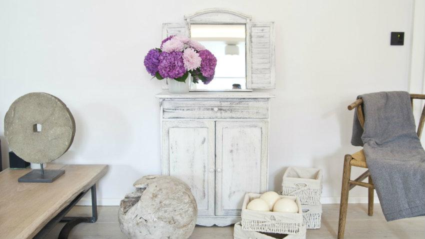 Dalani specchi shabby chic romantici ed eleganti - Specchio ovale shabby chic ...
