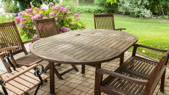 arredare il giardino tavolo sedie