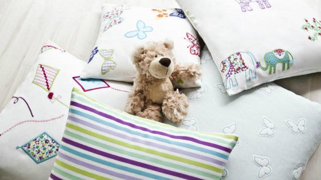 camerette per neonati cuscini orsetto