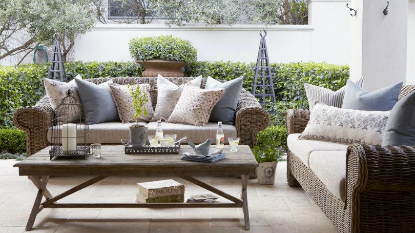Dalani salotti da esterno oasi di pace sul terrazzo di casa for Foto di salotti arredati moderni