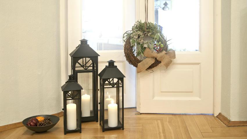 Dalani decorazioni per porte addobbi per casa for Arredamento natalizio casa