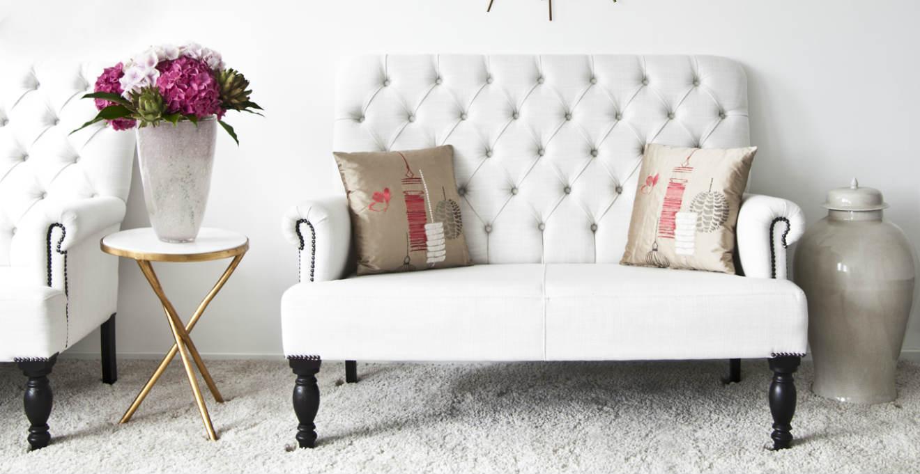 Dalani divano letto in ecopelle per il rispetto dell for Divani di design