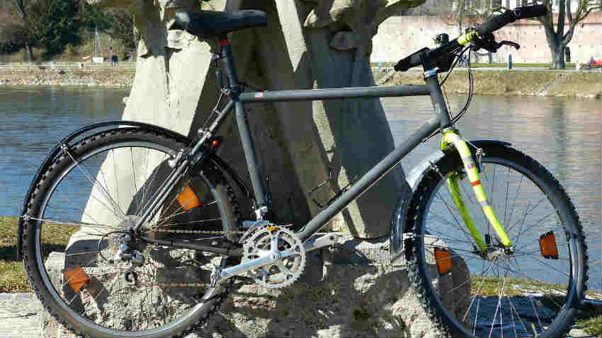Caschi per mountain bike