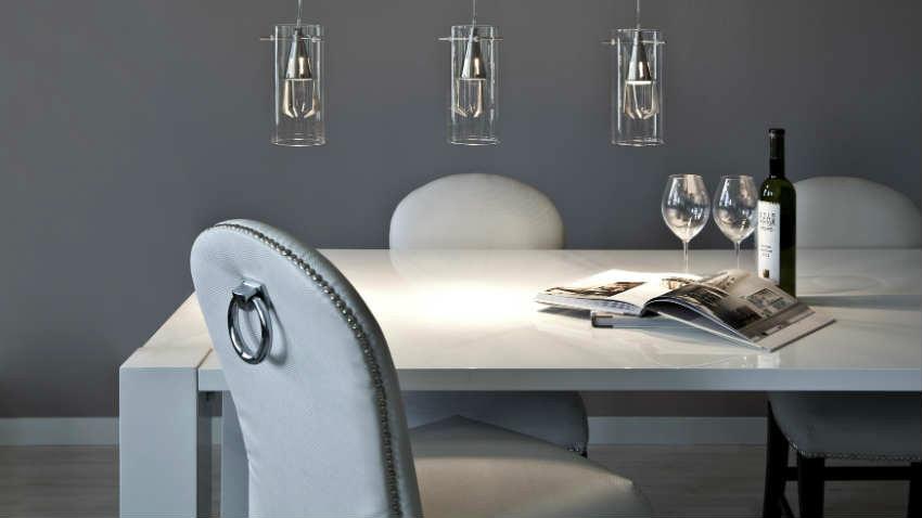 Dalani tavoli da pranzo moderni minimal design for Tavoli e sedie da soggiorno