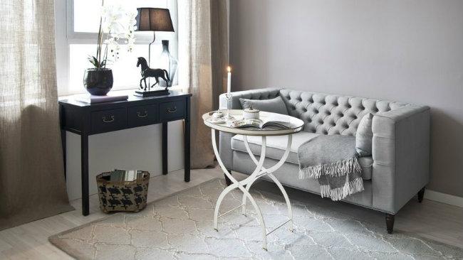soggiorno piccolo consolle tavolino divano