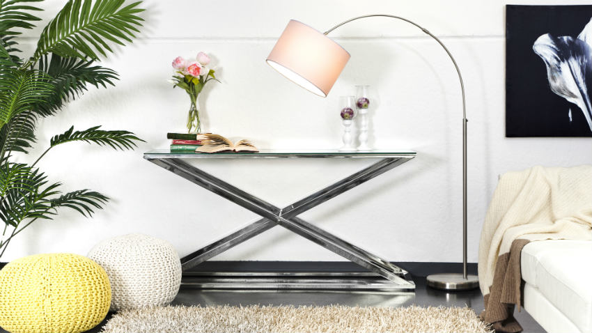 Tavolo quadrato di cristallo
