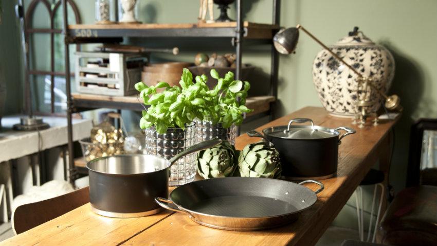 Cucina in legno grezzo stile country chic dalani - Mobili rustici per cucina ...