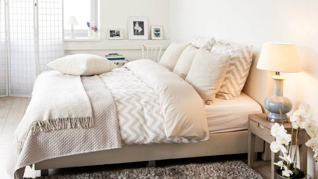 idee per la casa camera da letto coperte cuscini lenzuola