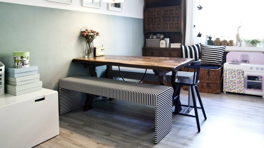 Tavolo di modernariato