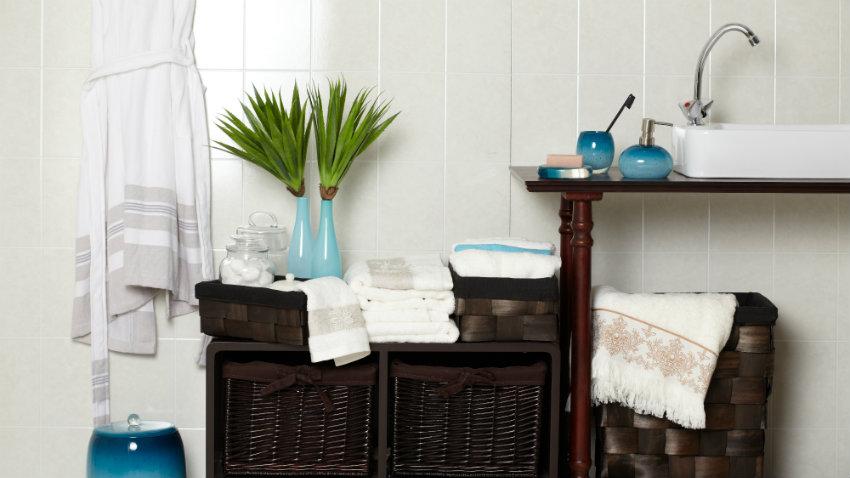 mobile bagno in legno grezzo