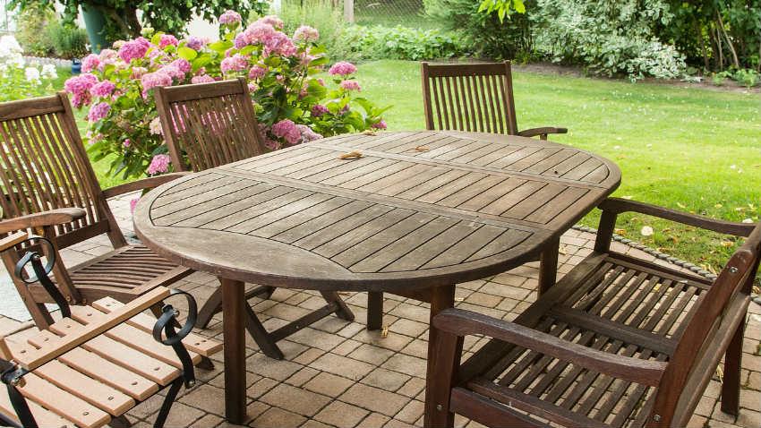 Arredo giardino mobili accessori e consigli per gli esterni for Set arredo giardino offerte