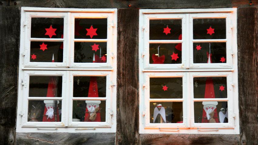 Dalani addobbi natalizi per finestre colorati e divertenti - Addobbi natalizi per cucina ...
