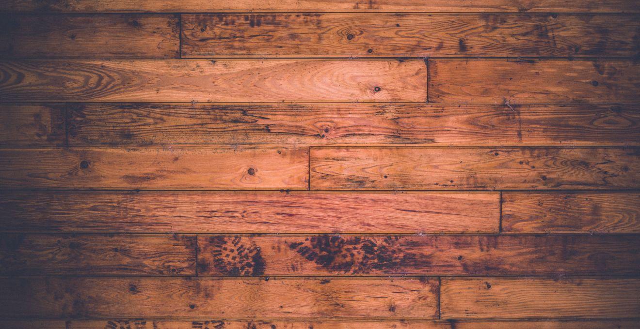 Steigerhout Behang Slaapkamer : Strak & klassiek; steigerhout behang westwing