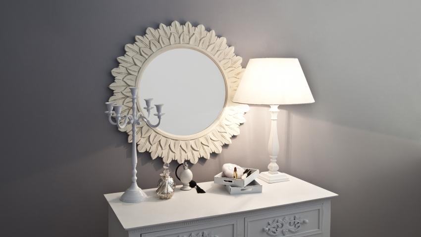 Mooie landelijke scandinavische houten spiegels westwing for Ronde spiegel op maat
