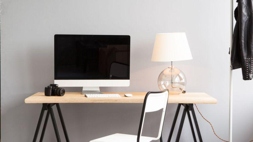 Een trendy kantoor begint met een modern bureau westwing