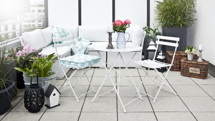 metalen tuinmeubelen modern balkon stoel tafel bank plant
