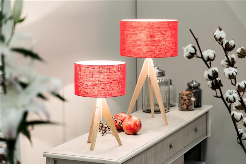 alles mooi verlicht met een rode lamp! | westwing, Deco ideeën