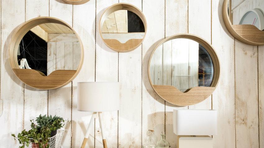 Shop hier spiegels op maat met kortingen tot 70 westwing for Ronde plakspiegel