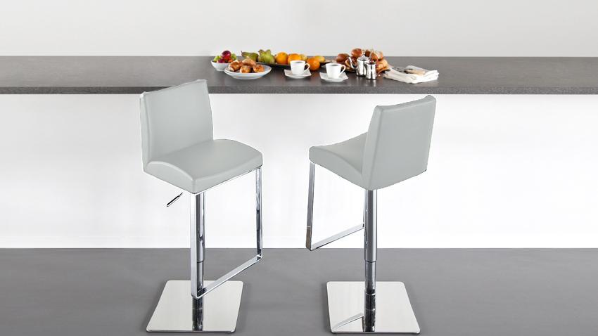 Moderne Witte Barstoelen.Witte Barkrukken Modern Fris En Met Korting Westwing