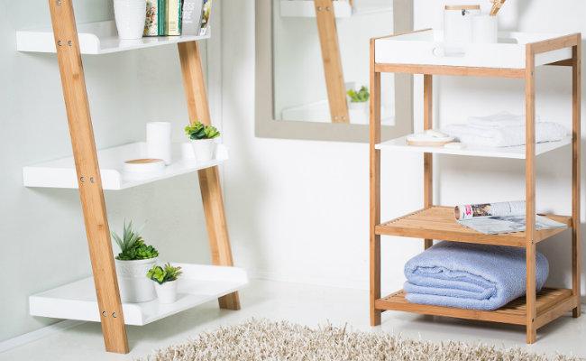 Biała łazienka w stylu eko