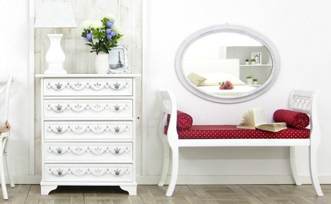 Białe wnętrze w stylu prowansalskim